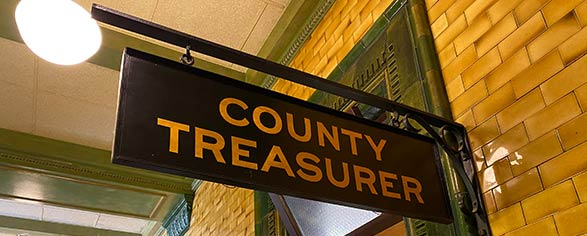 photo of treasurer sign